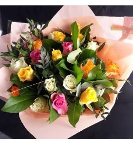 """Bouquet """"Danielle"""" de roses..."""